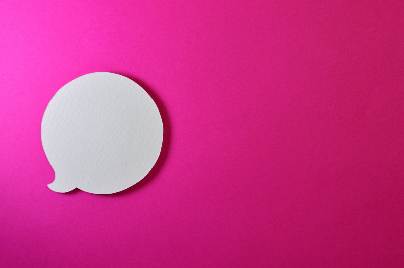 circle text bubble on pink background
