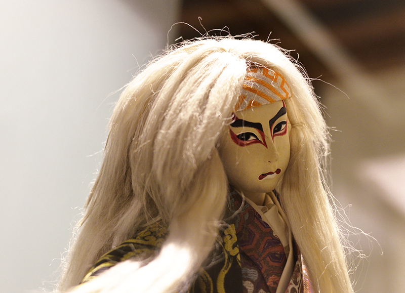 traditional kabuki doll-low